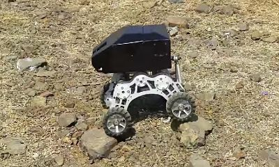 voyager robot on wheels_opt