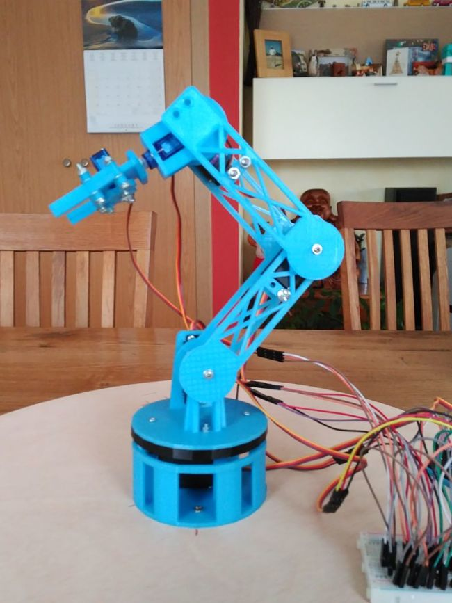 The Best DIY Robotic Arms You Can Build At Home | Into Robotics