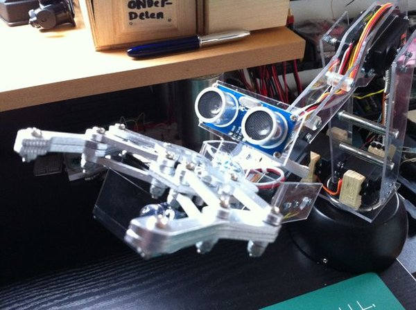 The best diy robotic arms you can build at home into
